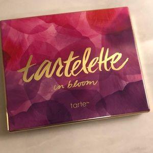 tarte Makeup - Tartelette in Bloom Palette